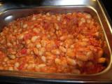 Bean with tomato sauce